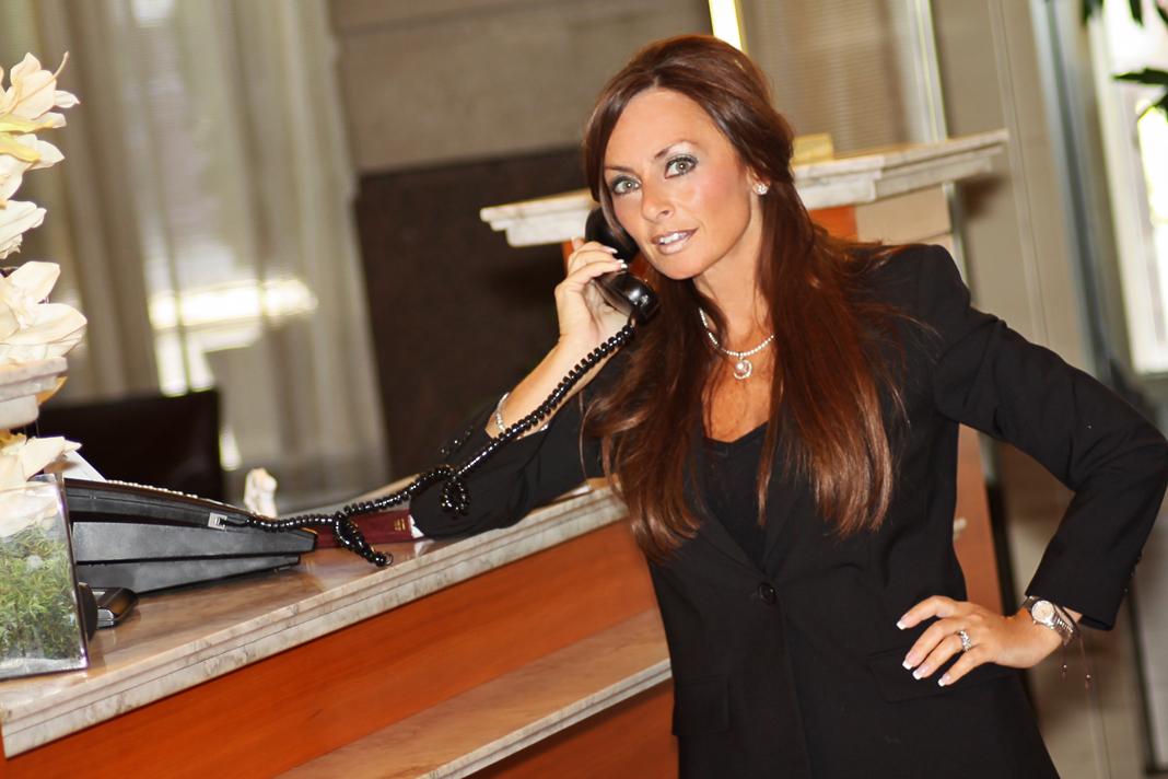 cindy phone sml TRES SEXY Aubade Lingerie Catalog BARE BUTT Catalogue   eBay